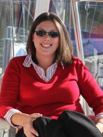 Lisa-Sales-Manager-Broker